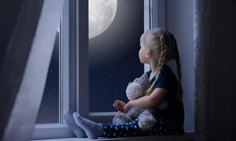 Лунатизм у детей, сомнамбулизм: Причины и лечение.