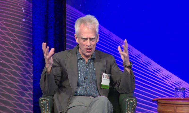 Стивен Лаберж — исследователь осознанных сновидений.