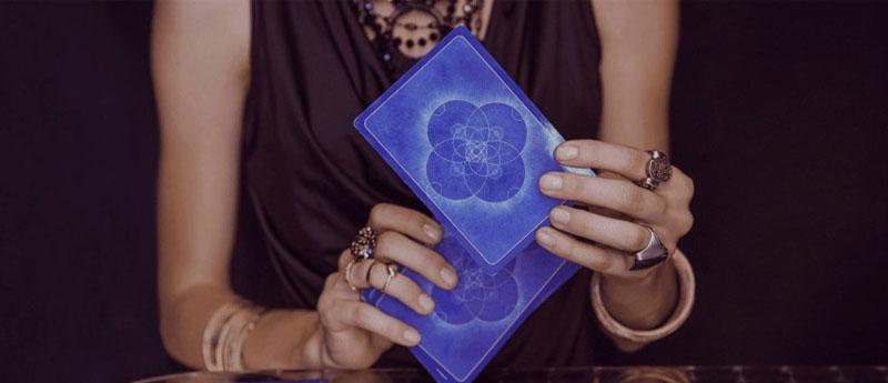 «Совет карт Таро» — онлайн гадание.